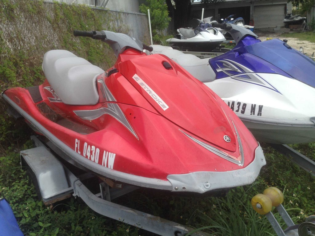 Sold 10 yamaha vx110 jet skis 19 000 obo powersports for Yamaha jet skis