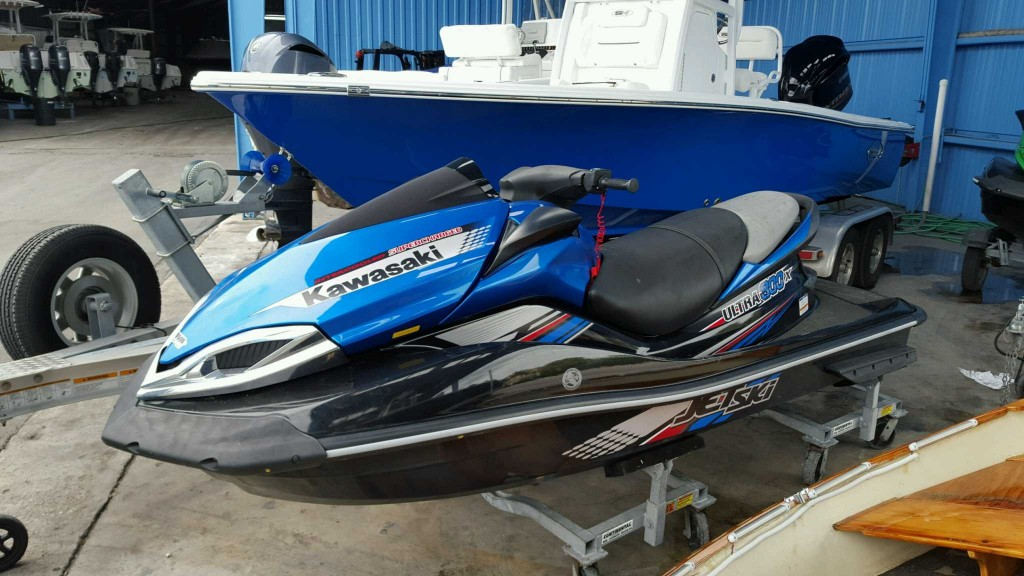 SOLD !!!!Pair 2013 Kawasaki Ultra 300x Jet skis mint both have 5-10 ...